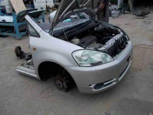 Toyota Ipsum Half Cut
